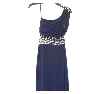 Dresses & Skirts - Navy Formal dress